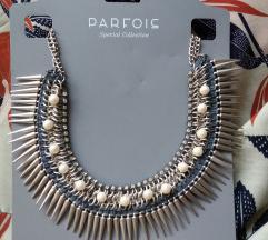 Parfois ogrlica sa bodljama