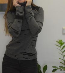 Siva džemper rolka