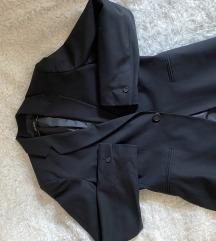 Zara basic crni sako nov
