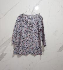 Estelle cvetna bluza na pertlanje