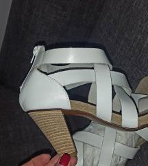 Kozne italijanske bele sandale