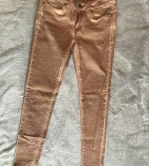 Nude pantalone