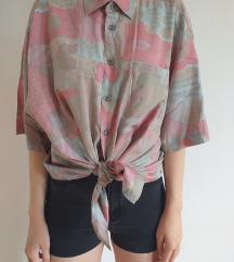 Oversize pastelna košulja