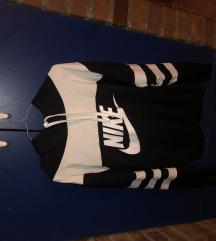 Nike duks sa kapuljačom