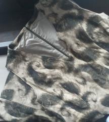Haljina na V za dame