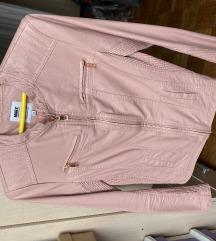 Nova jakna u roze boji,u imitaciji koze