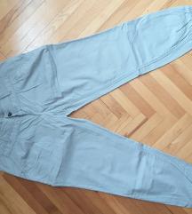 Ženske pantalone u sivoj boji! TERRANOVA!