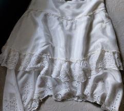 Lindex bela suknja
