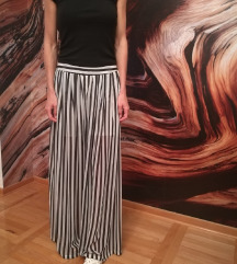 Romanticne siroke pantalone
