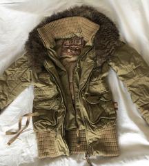 Khujo jakna nova