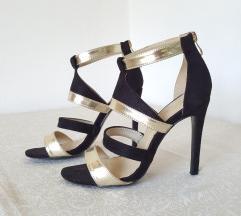 Akcija! Prelepe zlatno crne sandale