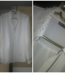 Predivna bela košulja