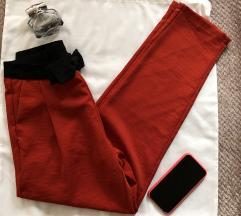 AKOZ Paris NOVE crvene pantalone S sa etiketom