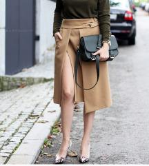 Prelepa Zara suknja❣️❣️❣️