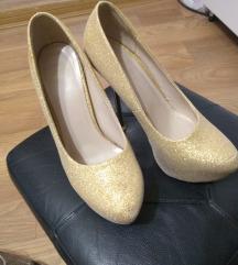 Zlatne salonke 37