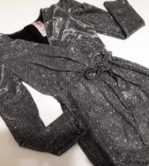 Sljokasta haljina sa puf rukavima, nova.