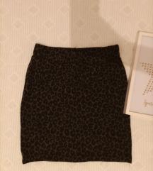 Preslatka mini suknja