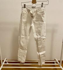Strasivarius bele pantalone