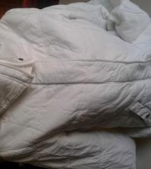 Bela jakna ,rasprodaja