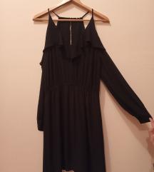Crna haljina sa golim ramenima