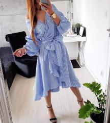 karirana plava leprsava haljina 1800
