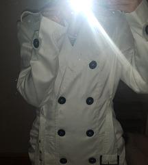 Beli mantilić