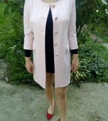 Roze mantil ili haljina