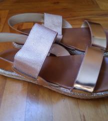 VeraBlum kozne sandale 37