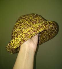 Heklani šešir ručni rad