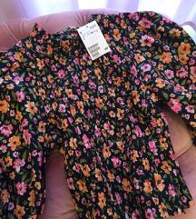 Bluza na cvetiće, NOVA