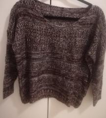 Konačni bordo, sivo, crno džemper, nenošeno