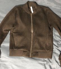 Crna zenska bomber jaknica