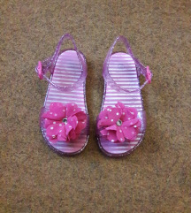 Preslatke roze sandale br. 25 ug 15 - 15.5 cm