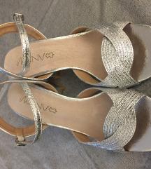Srebrene nove sandale