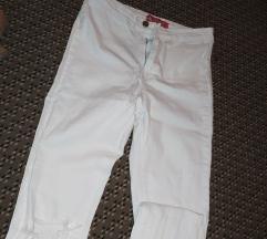 Nove duboke bele pantalone