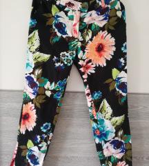 H&M pantaloneb7/8 kao nove