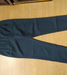 Zenske pantalone Novo bez etikete