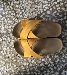 Papuce prelepe