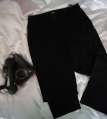 Crne Marks&Spencer pantalone