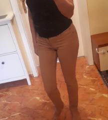 Svetlo braon farmerice-pantalone