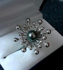 Izuzetan srebrni prsten