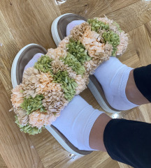 Inuikii papuce original