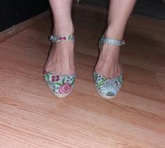 Polu sandale sa platformom NOVO!