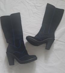 Atraktivne cizme, velur, NOVO, 39