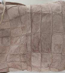 Torba od prevrnute kože- puder roze