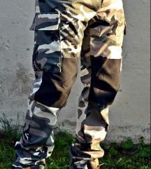 Combat maskirne pantalone NOVO
