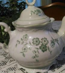 Starinski porcelanski cajnik
