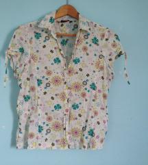 Cvetna letnja košulja