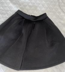 Crna puff suknja