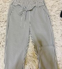 Pantalone univerzalne
